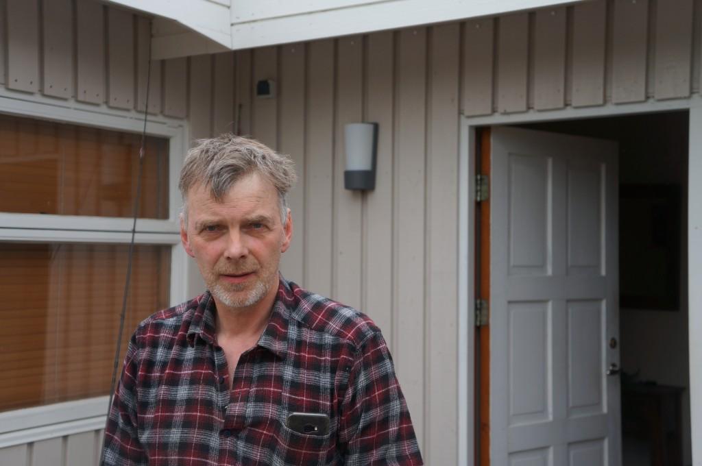 Bjarni Guðmundsson, bóndi á Skálpastöðum.  Auk hans búa á bænum þau Hildur Jósteinsdóttir, Eyjólfur Kristinn Örnólfsson og Margrét Helga Guðmundsdóttir.